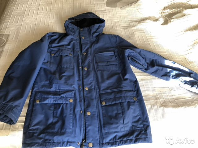 32ea3503f7c6 Сноуборд куртка burton - size L купить в Москве на Avito ...