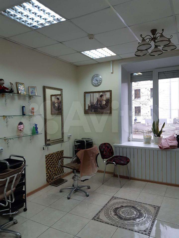 Салон красоты (сдам в аренду, 1 этаж, центр) 89028044901 купить 2