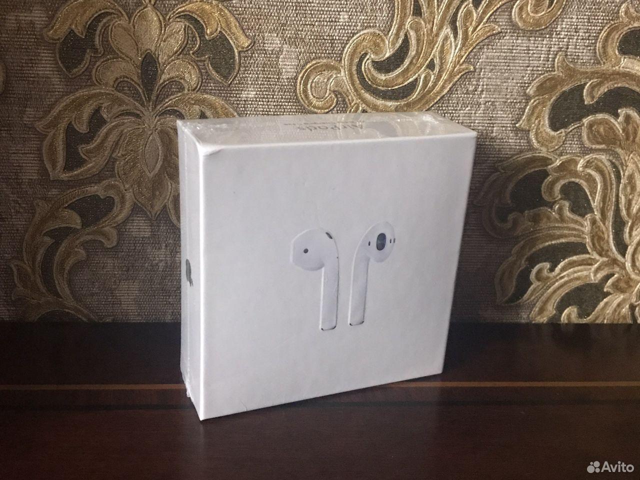 Наушники Apple AirPods 2 с беспроводной зарядкой  89869796692 купить 4