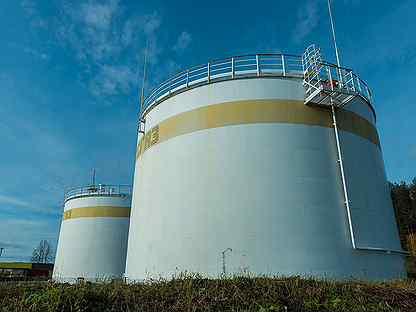 Нефтяное месторождение и товарно-сырьевая база