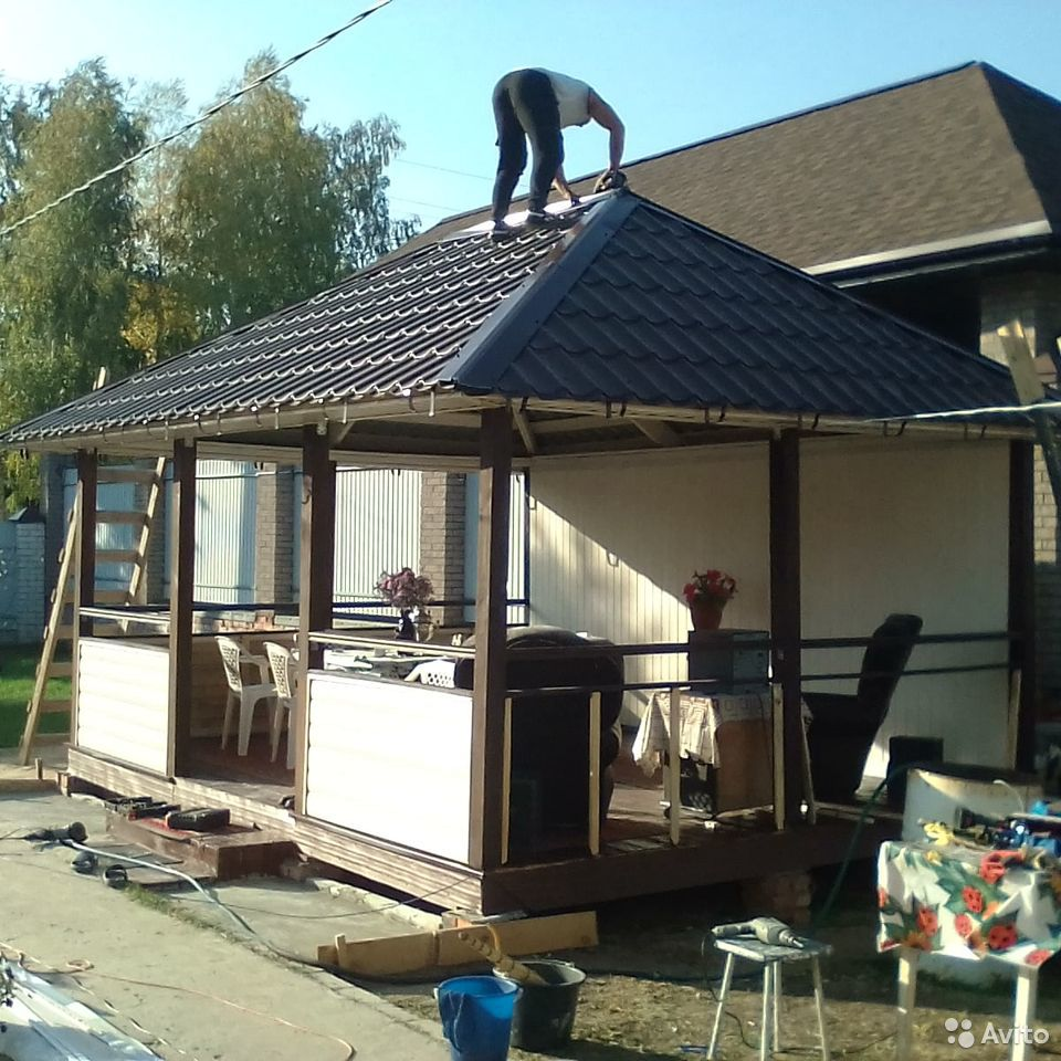 Ставим крыши.Заборы