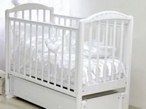 Детская кроватка + подарок кокон