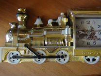 Новые сувенирные часы -паровоз в коробочке
