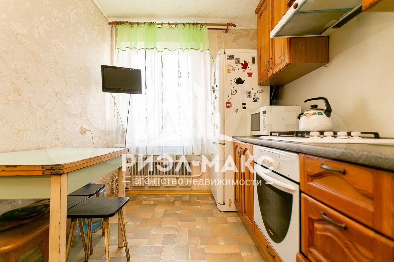 3-room apartment, 57.9 m2, 2/5 floor.