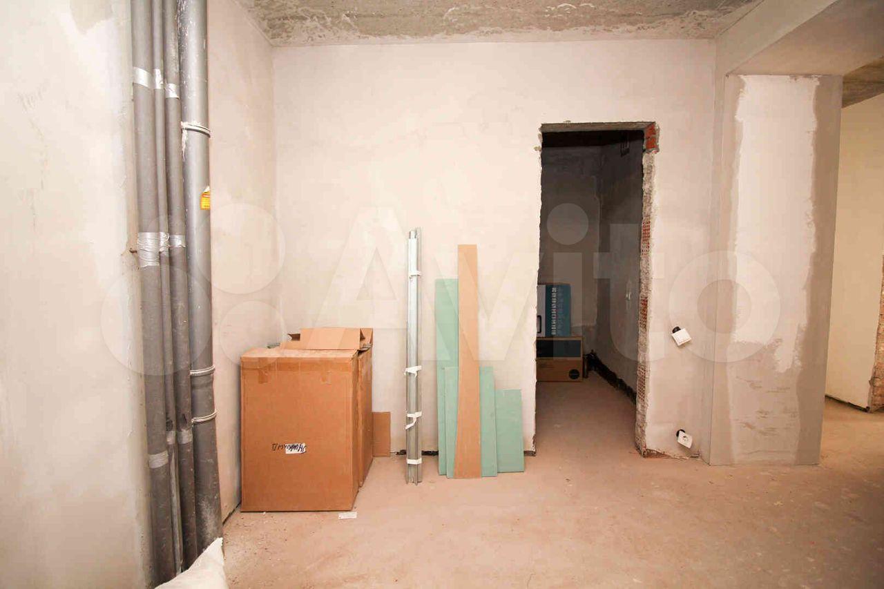 4-к квартира, 100 м², 1/12 эт.