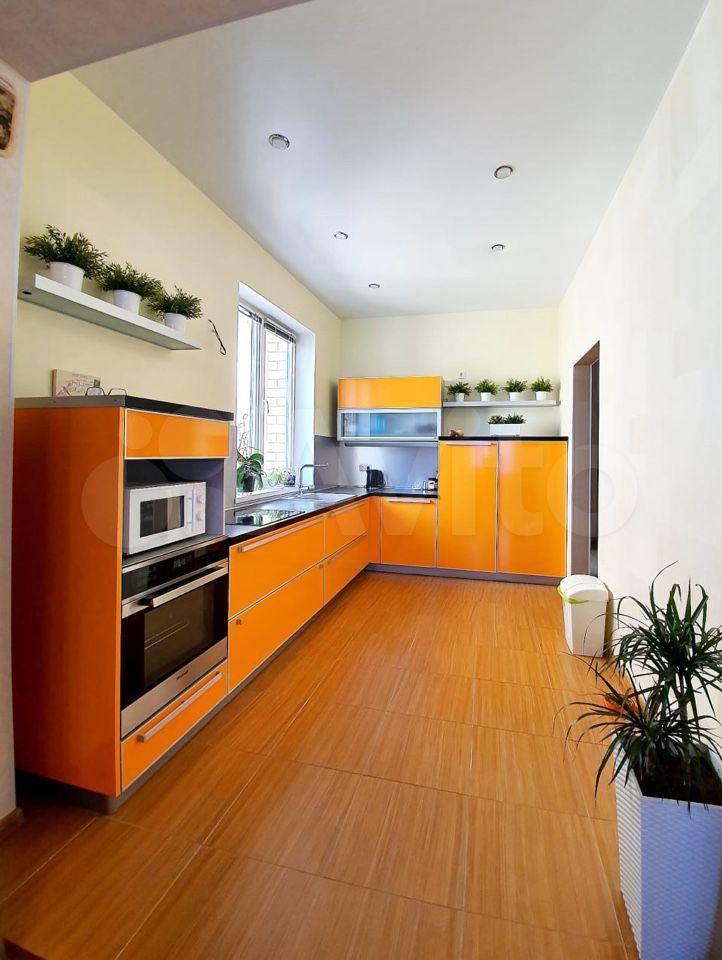 Дом 220 м² на участке 3 сот.  89054837359 купить 3